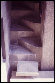 Carlos Scarpa stairs