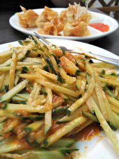 Thai Gurken Salat und WanTans