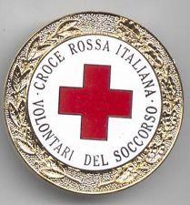 RARO-DISTINTIVO-CROCE-ROSSA-ITALIANA-VOLONTARI-DEL-SOCCORSO-METALLO-E-SMALT