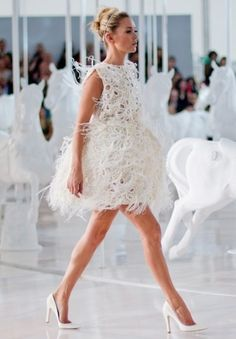 Louis Vuitton-Feathered Pretty
