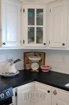 Red Roof Refuge | Farmhouse Kitchen Makeover | faux soapstone countertops | chalkboard paint on countertops | painted countertops