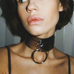 Black Leather BDSM Collar Submissive Collar Bondage Collar Gothic Choker O-ring Choker Submissive Jewelry Frauen In High Heels, Slave Collar, Collar Choker, Collars Submissive, Ring Der O, Leather Lingerie, Collars For Women, Leather Collar, Leather Fashion