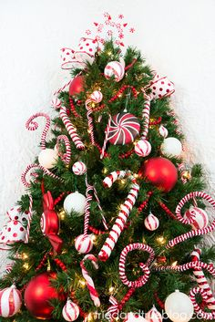 Enjoy full holiday style in half the space with the In Your Corner Christmas Tree. Shop Treetopia for artificial Christmas trees and holiday decorations today. Corner Christmas Tree, Christmas Tree Images, Candy Cane Christmas Tree, Candy Cane Ornament, Flocked Christmas Trees, Christmas Tree Themes, Christmas Tree Toppers, Christmas Time, Christmas Wreaths