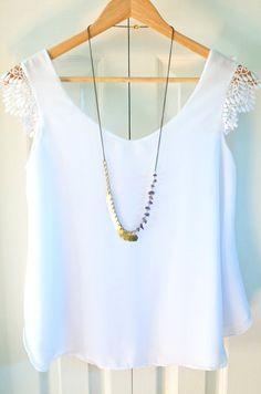 He encontrado este interesante anuncio de Etsy en https://www.etsy.com/es/listing/191016561/asymmetrical-necklace