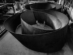 sequence . richard serra . 2006 . photo lorenz kienzle (MoMA)