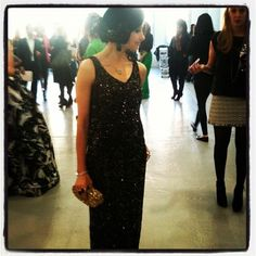 Stacey Bendet of @alice_olivia dazzles in a gold dress. #fashion #style