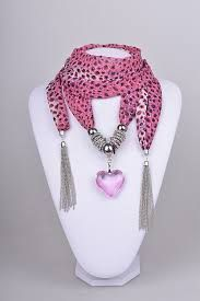 Resultado de imagen para collares de moda 2015 Just so unusual and very stylish. How some minds think is astonishing