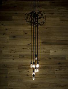 Light cluster.  pinned by modeetmaison.blogspot.