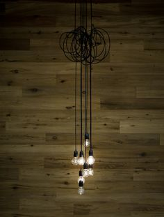 Light cluster.  pinned by modeetmaison.blogspot.