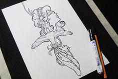 #tattoo #design #nuccatattoo #frauenportrait #berlin #vogel #bird #federn #perlenkette #jugendstil #haarschmuck