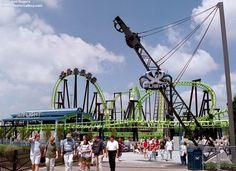 X Flight (Six Flags Worlds of Adventure)
