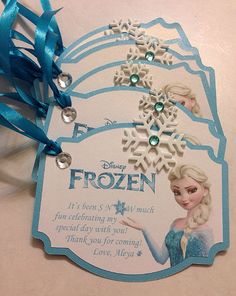 Frozen theme tags for some goodie bags. 5th birthday party for a princess. Made by ExceptionalPayper www.exceptional-payper.com