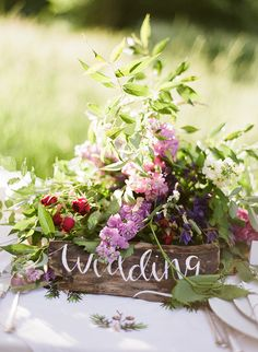 Woodland wedding inspiration | photo by Natasha Hurley Photography | 100 Layer Cake