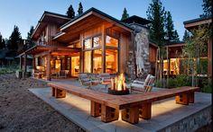 Современный элегантный деревянный дом в деревенском стиле