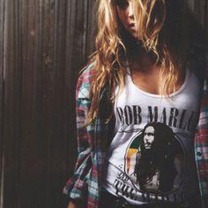 wauw.. I want a Bob Marley shirt!