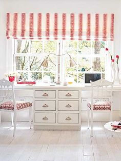 Cozy Red & White Office - http://www.cozybliss.com/cozy-red-white-office/