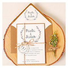 Ideas para bodas al aire libre Wedding Crafts, Wedding Decorations, Wedding Sets, Wedding Day, Invitation Cards, Invitations, Rustic Chic, Ideas Para, Wedding Flowers