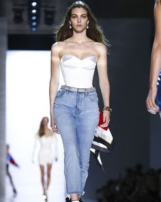 @VittoCeretti at @AlexandreVauthier SS 17 Haute Couture ❤❤ #Paris #ParisHauteCouture #Fashion #Runway  #Instalove #Instagood #instafashion #style #ootd #photoofheday #AlexandreVauthier #VittoriaCeretti