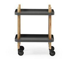 Normann Copenhagenin trendikäs Block pöytä on Simon Legaldin suunnittelema. Pöydässä on renkaat, joten se on liikuteltavissa, ja se on myös varsin monikäyttöinen. Käytä pöytää kahvipöytänä tai yöpöytänä. Blockia on helppo siirrellä paikasta toiseen. Valitse useiden eri värien väliltä.