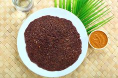 Ragi Wheat Dosa Recipe - A low fat South Indian dish which goes best with the coconut chutney. Relish this easy to make meal for breakfast. Indian Fast Food, South Indian Food, Indian Food Recipes, Ethnic Recipes, Kids Meals, Easy Meals, Dosa Recipe, Coconut Chutney, Indian Breakfast