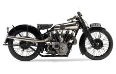 Odnaleziono warte fortunę motocykle marki Brough Superior – inforiders.pl