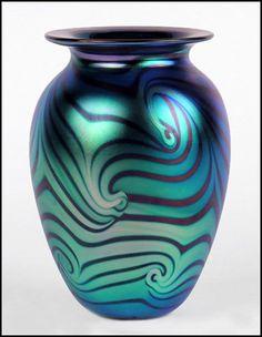 """Eickholt Favrile Art Glass Vase With Hooked Feather Pattern, Signed """"Eickholt 2001 VCKT"""""""