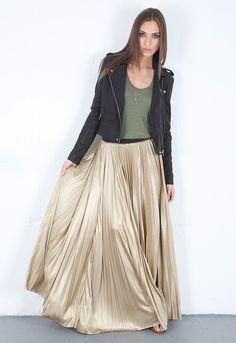 Gorgeous metallic skirt  http://justshopit.com/metallic-inspiration-black-and-gold/