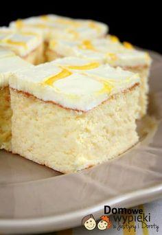 sernik z kwaśną śmietaną Polish Desserts, Polish Recipes, Rice Cakes, Food Cakes, Polish Cake Recipe, Cake Recipes, Dessert Recipes, Cheesecake, Vegan Junk Food