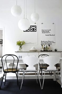 Via Q en Blue | Black and White | Dinnertable | Olle Eksell and Moderna Museet Poster | Arne Jacobsen Ant Chairs
