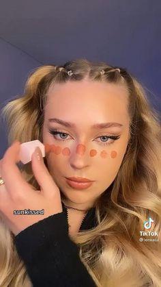 Makeup Eye Looks, Natural Makeup Looks, Cute Makeup, Skin Makeup, Makeup Art, Blush Beauty, Hair Beauty, Mixed Girl Hairstyles, Pink Eyeshadow Look