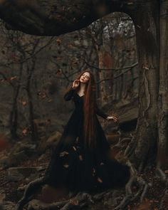 Life isnt about waiting for the storm to pass, its about learning how to dance in the rain. Or in this case. leaves 😉🍂 Here is my first… Woods Photography, Fantasy Photography, Creative Photography, Portrait Photography, Fantasy Magic, Dark Fantasy, Photo Halloween, Witch Photos, Tumbrl Girls