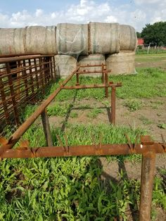 Fence Gate, Fencing, Pipe Fence, Arc Welding, Hay Bales, Welding Projects, Bison, Building Ideas, Shop Ideas