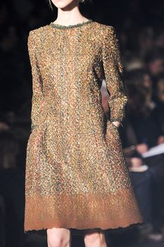 Alberta Ferretti at Milan Fall 2014 (Details)