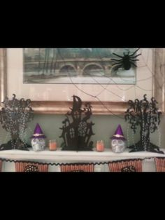 House of Gall-Halloween themed mantle