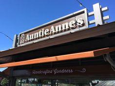 Auntie Anne's Pretzel Cart Now Open at Universal CityWalk
