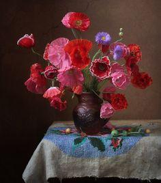 A lovely bouquet of poppy.  Photographer Marina Filatova