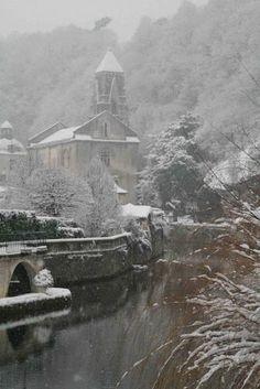 beautiful small town of Brantôme in the Périgord blanc