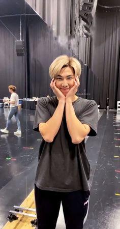both fluff and smut fanarts. Bts Jungkook, Kim Namjoon, K Pop, Bts Lockscreen, Foto Bts, Mixtape, Rapper, V Bts Cute, Les Bts