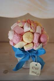 Risultati immagini per centrotavola matrimonio con caramelle