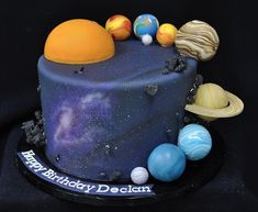 Discover recipes, home ideas, style inspiration and other ideas to try. Birthday Cake Kids Boys, 3rd Birthday Cakes, 4th Birthday, Solar System Cake, Planet Cake, Galaxy Cake, Bolo Cake, Cakes For Boys, Pretty Cakes