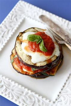 "Grilled Zucchini & Eggplant Parmesan Recipe {Vegetarian} || ""This grilled and healthy version of Eggplant Parmesan is nothing short of spectacular."""