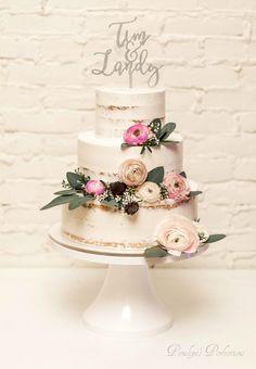Seminaked Wedding Cake