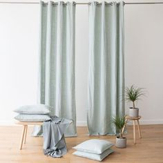 Linen is the ideal fabric for curtains as it hangs beautifully and will last a long time. Thinking to refresh your room: switch your curtains / draipes. Curtain Fabric, Linen Fabric, Linen Curtain, Linen Bag, Long Curtains, Panel Curtains, Sea Foam, Natural Linen, Cushion Covers