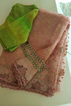 Cutwork Saree, Organza Saree, Saree Blouse Patterns, Saree Blouse Designs, Saree Accessories, Latest Saree Blouse, Saree Sale, Designer Sarees Wedding, Saree Jewellery