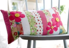 Pretty in pink flower cushion from Debbie Shore! Shop her inspirational range of DVD's now: http://www.createandcraft.tv/search/debbie%20shore?fh_location=//createandcraft/en_GB/$s=debbieu0020shore/brand_cc@gt;{debbie20shore} #sewing