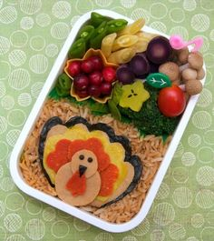 thanksgiving on pinterest bento turkey and lunch ideas. Black Bedroom Furniture Sets. Home Design Ideas