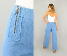 Vintage 70s double-zip bell bottom jeans in a light, perfect shade! Features a high waist fit, two exposed zippers run up the front (sailor