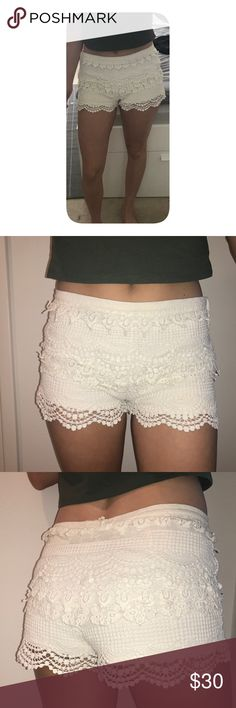 "Pins and needles White Cream Lace Crochet Shorts Size 2, I'm size 1 in hollister or 25"" waist and the 2 fits perfectly (0 was a bit small and 4 was a bit big). Selling since I have another pair already. Spots on inside but covered by the lace on the outside so they don't show. see photos. Could use some ironing to straighten out the lace. Pins & Needles Shorts"