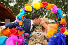 Artistic wedding photography in San Miguel de Allende, Callejoneada. Professional NYC trained photographer Euguin S M (bilingual)