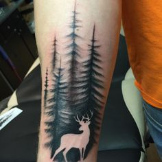 Beautiful Deer Tattoo Ideas 2018 - Geometrische tattoos - Tattoo Designs For Women Tattoo Band, 1 Tattoo, Body Art Tattoos, New Tattoos, Sleeve Tattoos, Tattoos For Guys, Cool Tattoos, Tattoo Tree, Wrist Tattoos